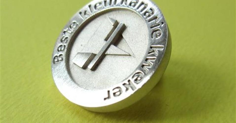 Pins als Medaille!